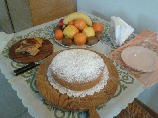 Agriturismo Ca' La Pergola: La torta di Paola