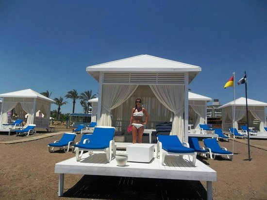 Titanic Hotel Lara Beach Reviews