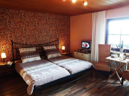Villa Montara Bed & Breakfast: Landhauszimmer