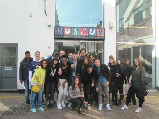 Museum of Brands, Packaging and Advertising : Our group at the entrance of the museum