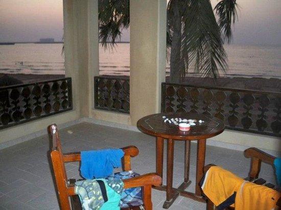 Hilton Ras Al Khaimah Resort & Spa: Terrasse zum Meer (Zimmer)