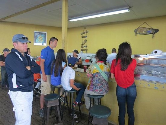 Go Tours Costa Rica - Day Tours: Breakfast at the Farmer's Market with Flavio