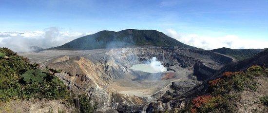 Go Tours Costa Rica - Day Tours: Poás Volcano