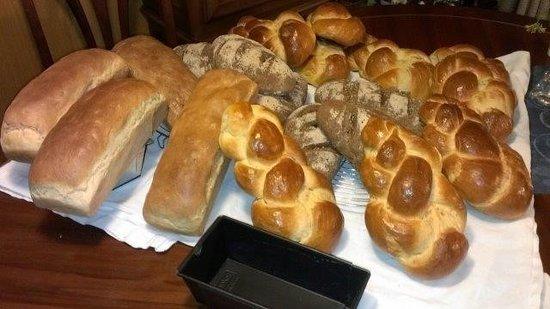 Chalet Gafri - BnB: Gabis home made bread for breakfast!