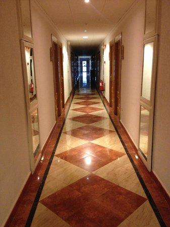 diverhotel Tenerife Spa & Garden: Couloir