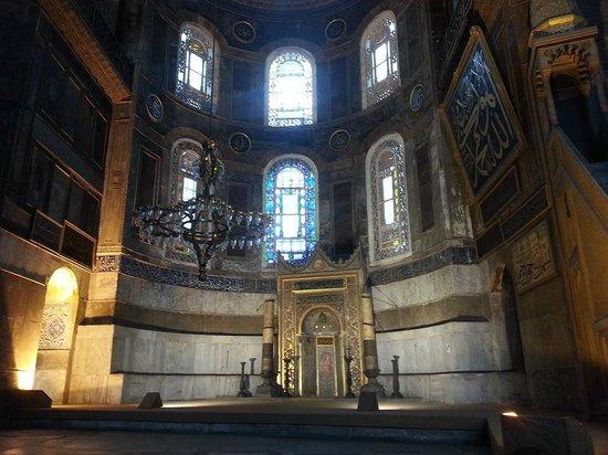 Hagia Sophia Museum / Church (Ayasofya): Interior