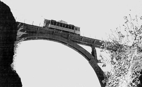 Autotak Granada: Antiguo Tranvia de Sierra Nevada.