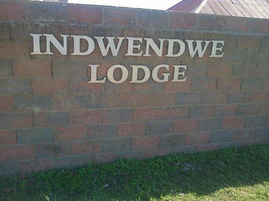 Indwendwe Lodge: Outside the gate