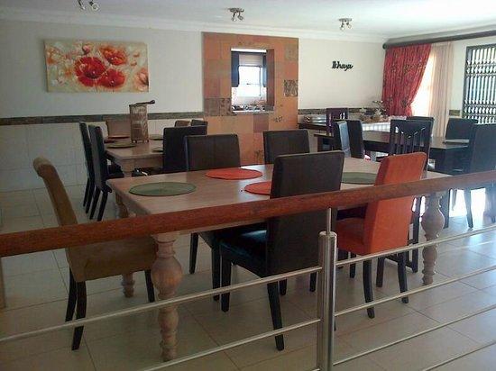 Indwendwe Lodge: Dining room