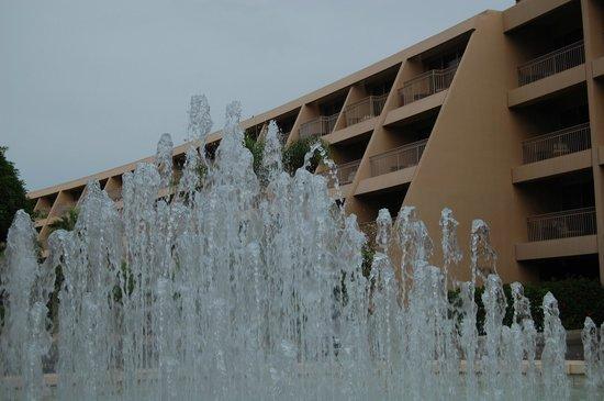 The Phoenician, Scottsdale : front door fountain