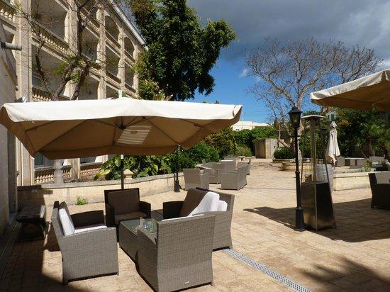 Corinthia Palace Hotel & Spa : Vista sulla parte posteriore
