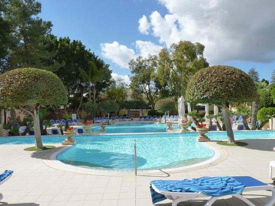 Corinthia Palace Hotel & Spa : Le piscine