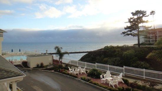 "Pismo Lighthouse Suites: Vista ""parcial"" do quarto"