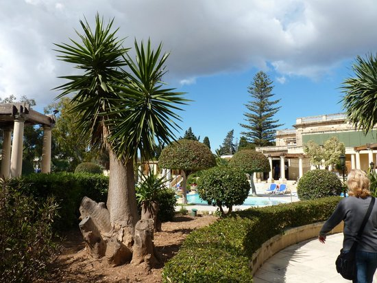 Corinthia Palace Hotel & Spa : Il giardino