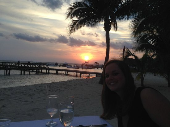 Isla Mujeres Palace: Romantic Dinner