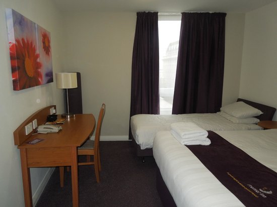 Premier Inn London Waterloo (Westminster Bridge) Hotel : habitación  501