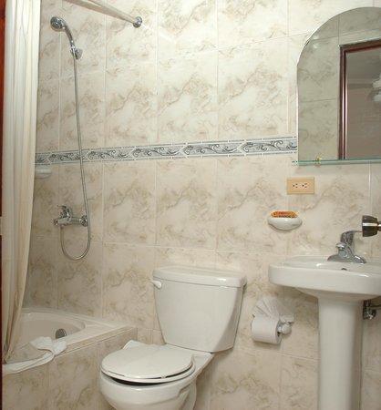 Sosua Horizon Apartments : Bathroom