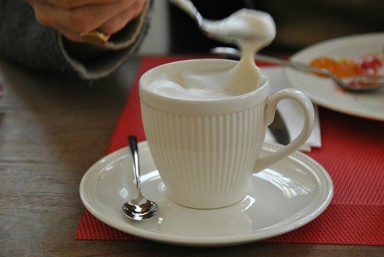 Bed & Breakfast L'Orangerie: cappuccino come  a casa