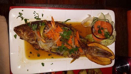 Velisa's : Whole fish