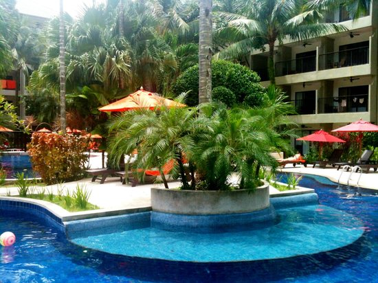 Novotel Phuket Surin Beach Resort. : Piscine