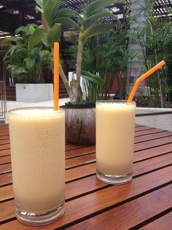 Novotel Phuket Surin Beach Resort. : Smoothie papaye