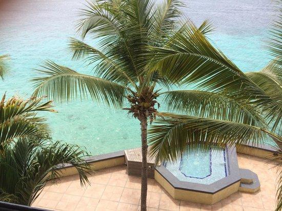 Bellafonte Luxury Oceanfront Hotel : Vista da varanda