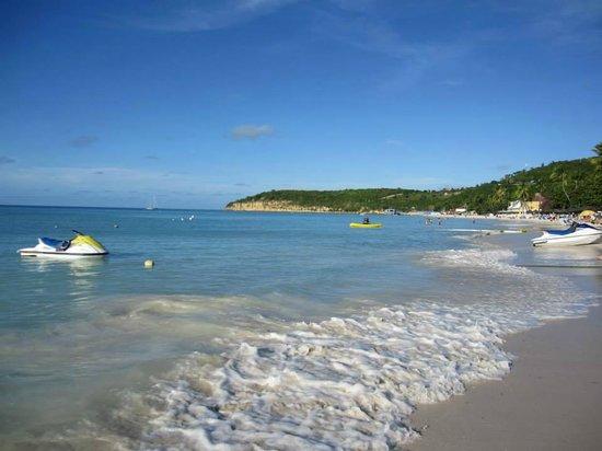 Sandals Grande Antigua Resort & Spa : Early morning