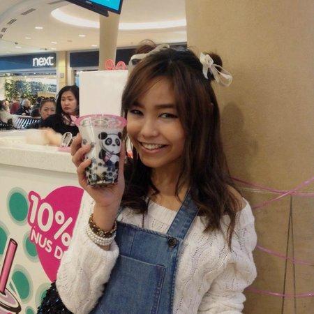 Mee Cha Limited: me with a bubble tea I won