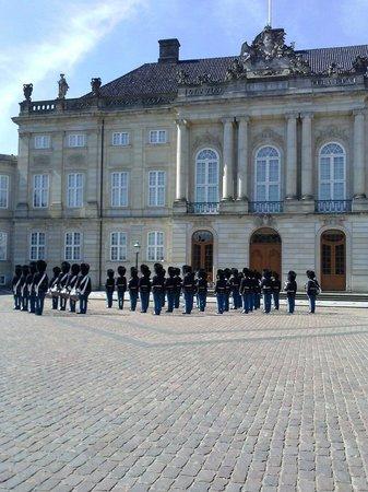 Amalienborg: Cambio della guardia