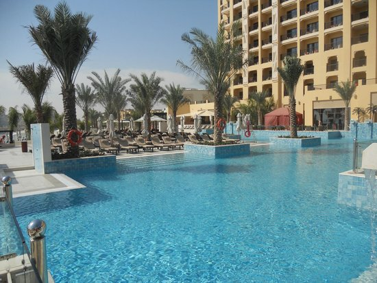 DoubleTree by Hilton Resort & Spa Marjan Island: Schöner Pool