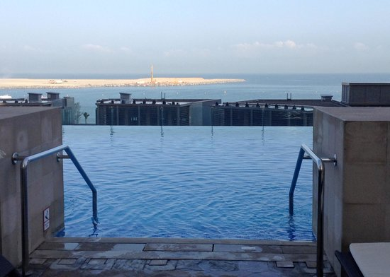 Sofitel Dubai Jumeirah Beach: Pool at Sofitel JBR