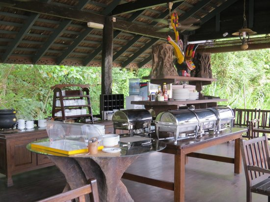 Sukau Rainforest Lodge: All meals served here were AMAZING! So much food