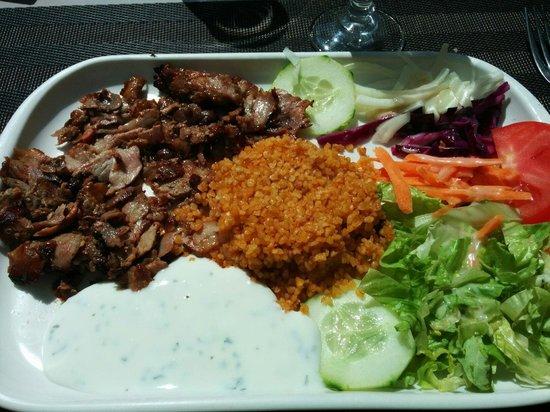 L'Anatolie: Kebab à l'assiette menu du midi