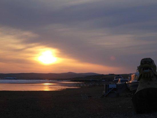Hulun Lake: sunset of Dalai-nuur; Hulun-hu lake