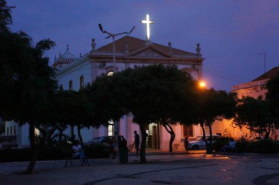 Igreja Nossa Senhora da Graca: Темнеет