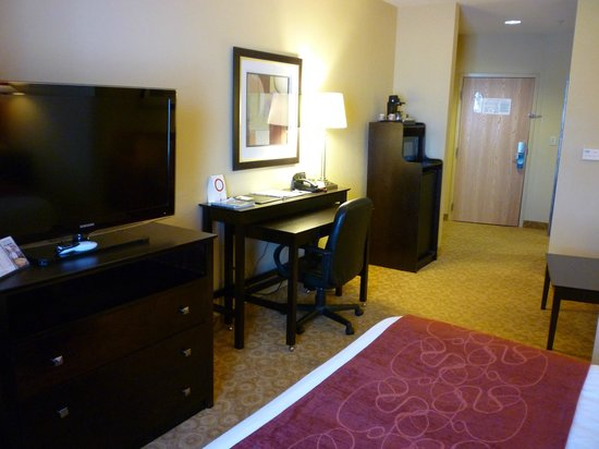 Comfort Suites Gulfport: Great suite