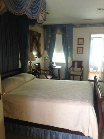Monmouth Historic Inn Natchez: Room