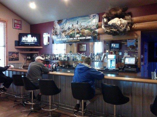 Ninepipes Lodge : The bar