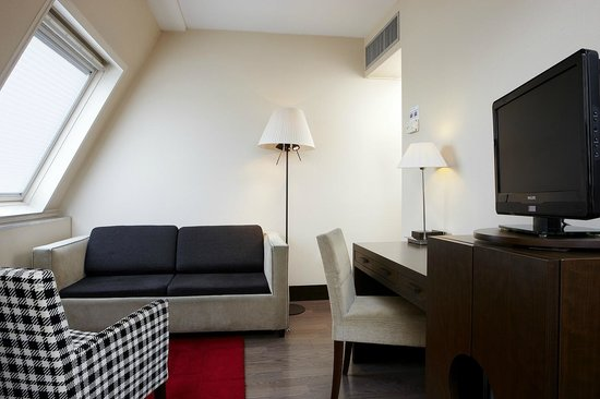 NH Brussels City Centre: Junior Suite