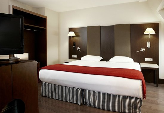 NH Brussels City Centre: Superior Room