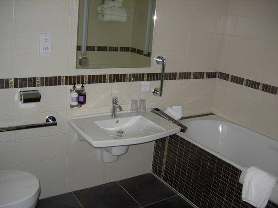 Rothay Manor Hotel: BATHROOM
