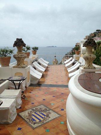 Le Sirenuse Hotel: Un'altra terrazza per aperitivo