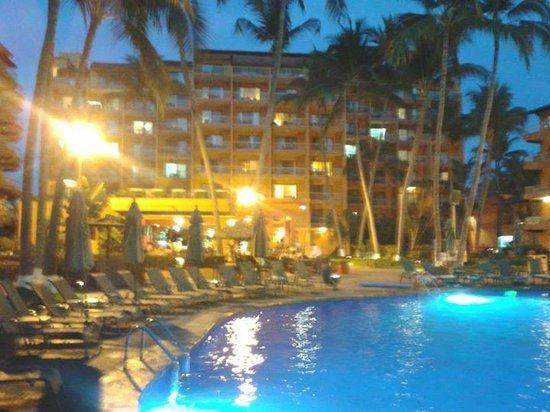 Villa del Palmar Beach Resort & Spa: Vista desde alberca