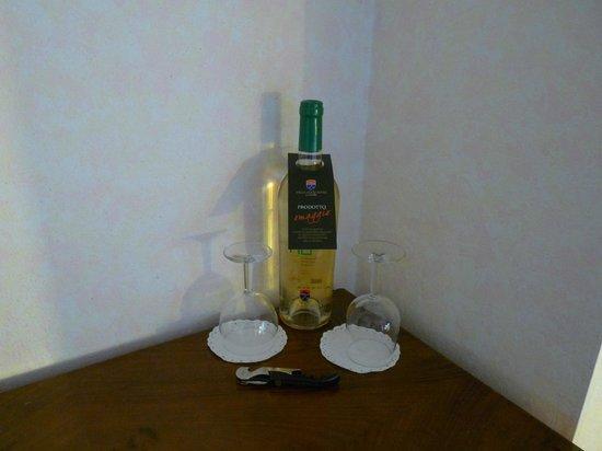 Villa Acquaviva: Vin du Domaine