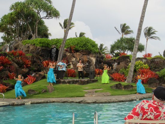 Kauai Beach Resort: Reception at pool