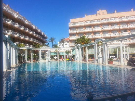 Cleopatra Palace Hotel : piscine