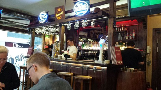 Red River Pub: The Red River bar