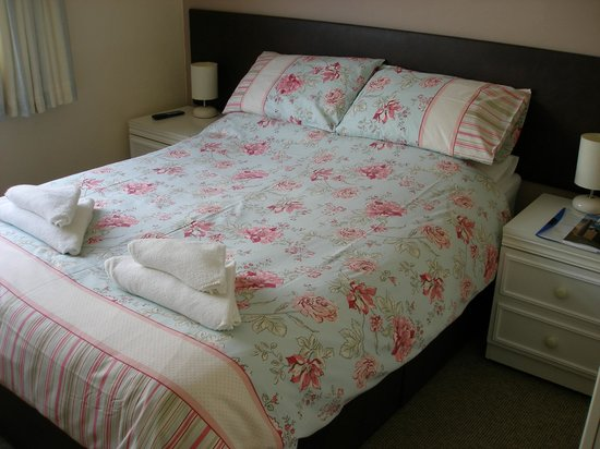 Porth Cove: standard double room