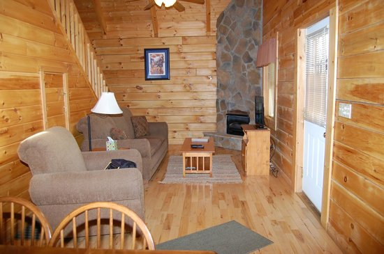 Country Road Cabins: Living room