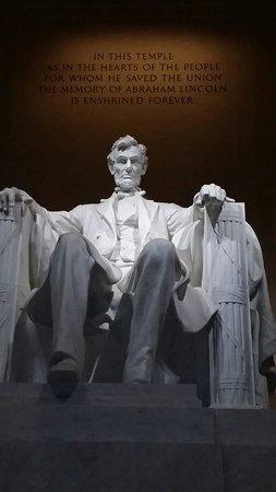 Lincoln memorial de noche